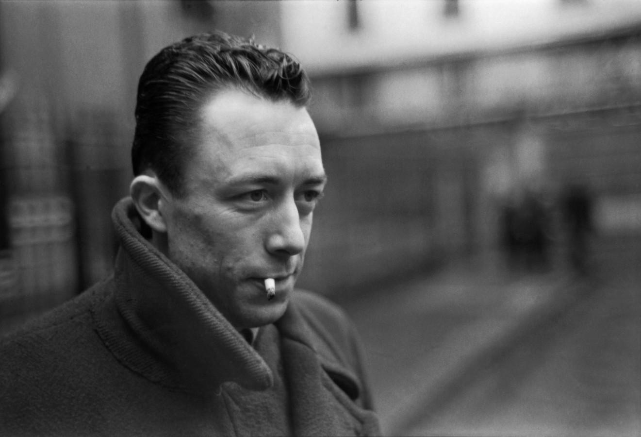O Estrangeiro Albert Camus